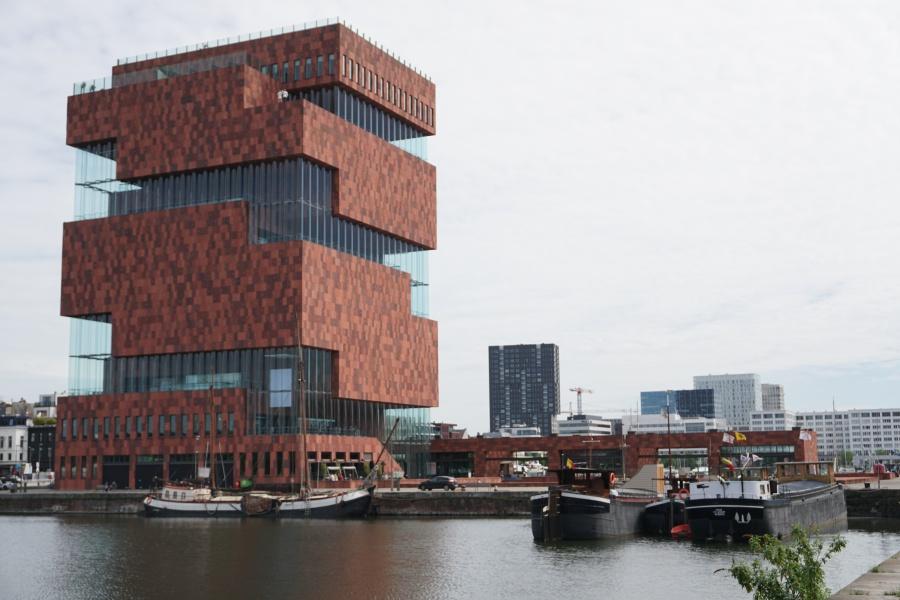 Das MAS Museum im Hafen von Antwerpen