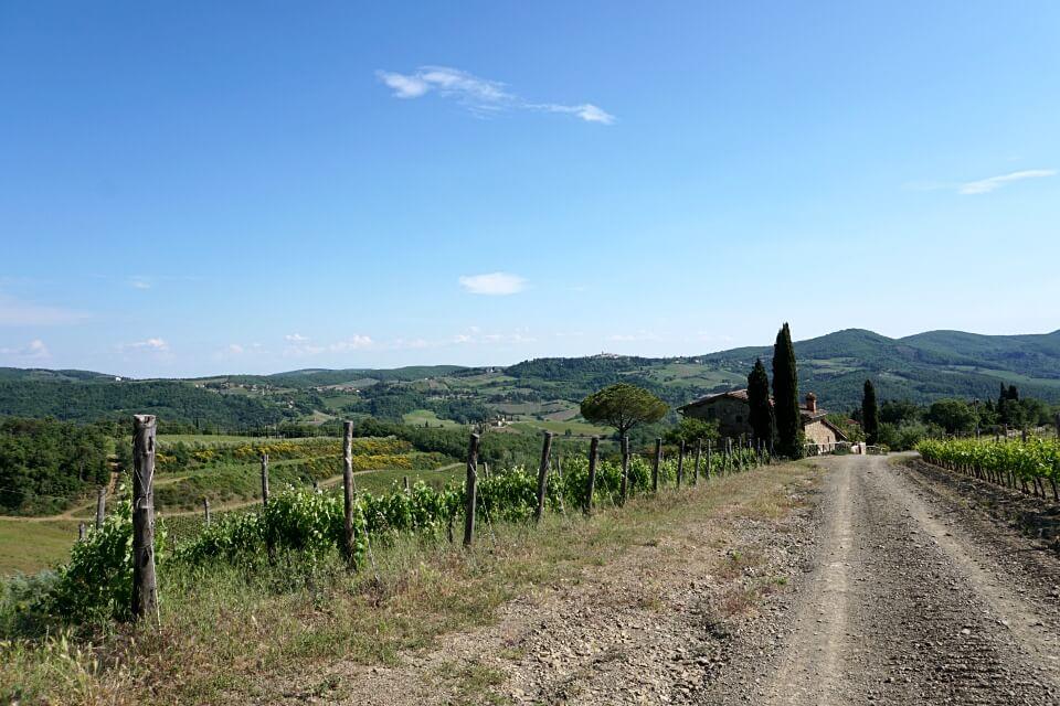 Wanderung in der Toskana bei Volpaia im Chianti
