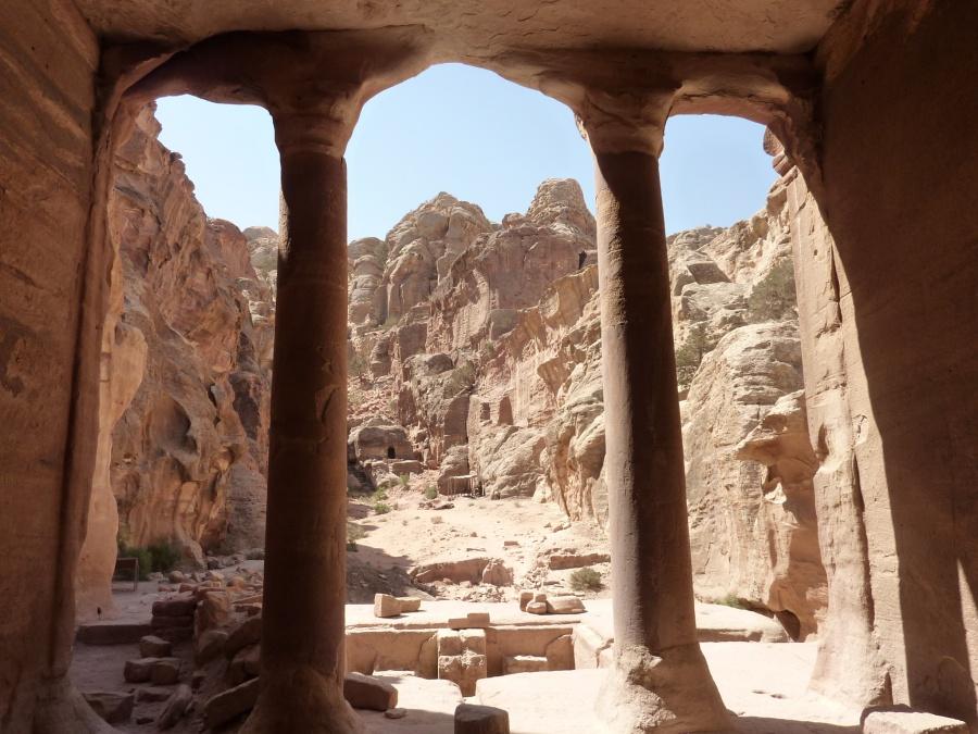 Ausblicke im neuen Weltwunder Petra