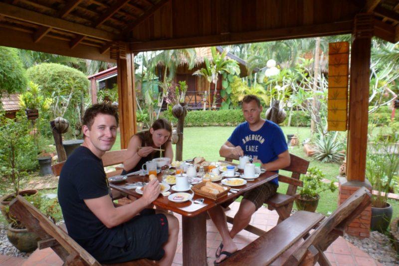 Garten im Thongbay Guesthouse in Luang Prabang