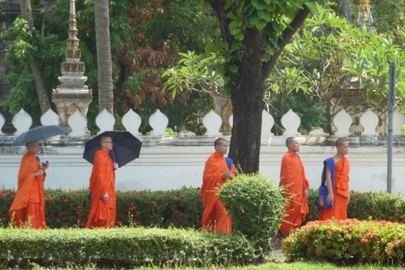 Moenche in Luang Prabang