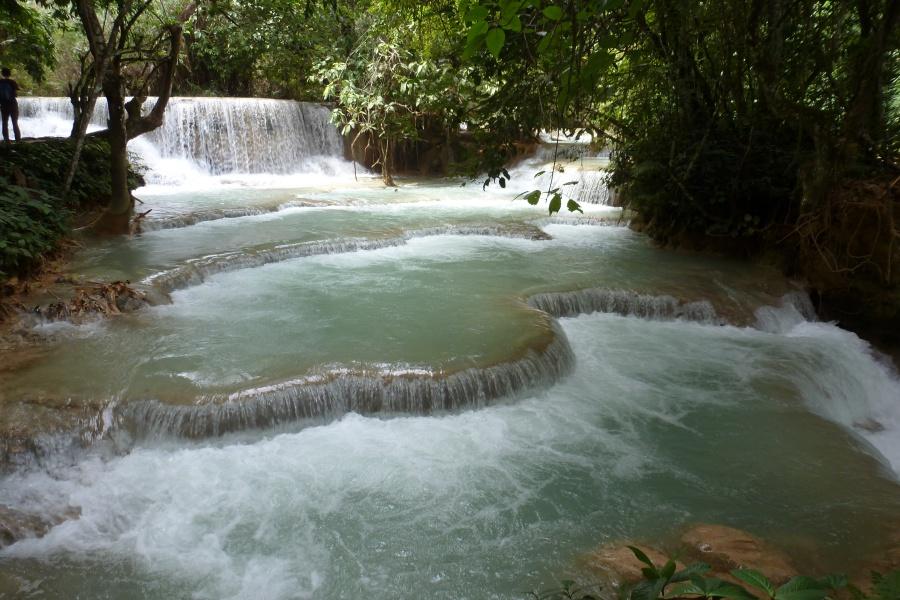Die Tad Kuang Xi Wasserfaelle bei Lang Prabang