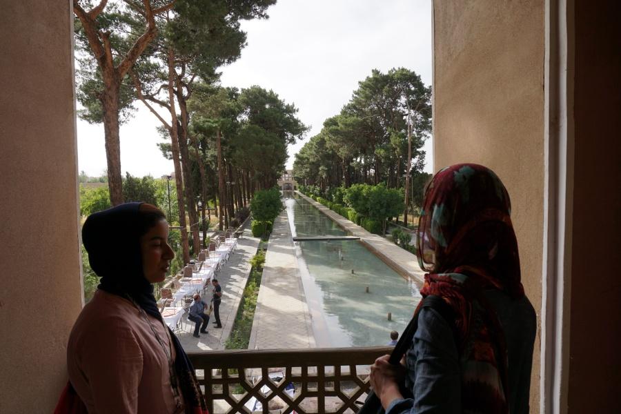 Im Dowlatabd-Garten in Yazd