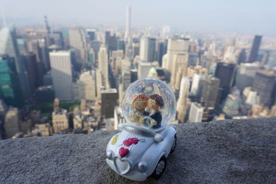 Brautpaar auf dem Empire State Building New York