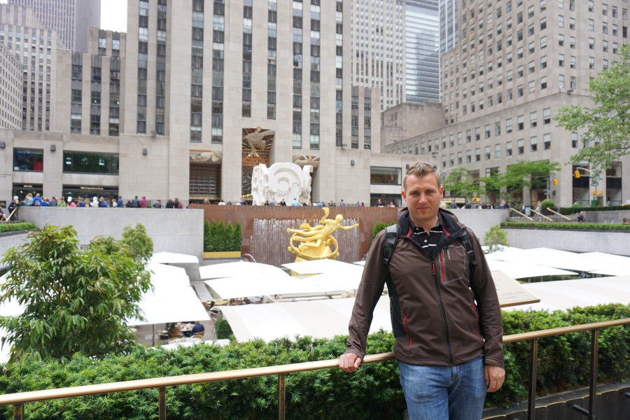 Marco auf dem Rockefeller Plaza