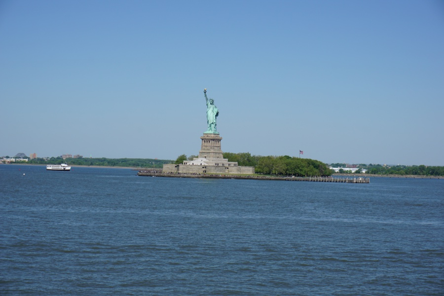 Die Freiheitsstatue von der Staten Island Ferry