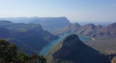Gigantische Ausblicke am Blyde River Canyon entlang der Panorama Route in Suedafrika