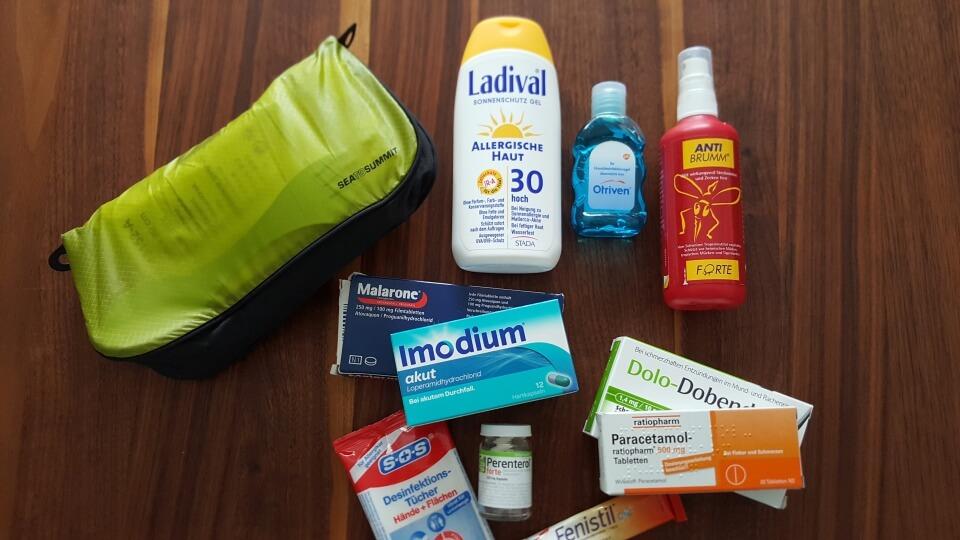 Gesund bleiben auf Reisen und ausreichend vorsorgen - unsere Reiseapotheke