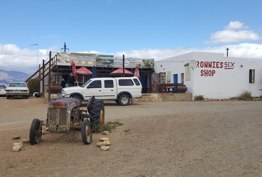 Ronnies Sex Shop - Kult-Cafe auf der Route 62