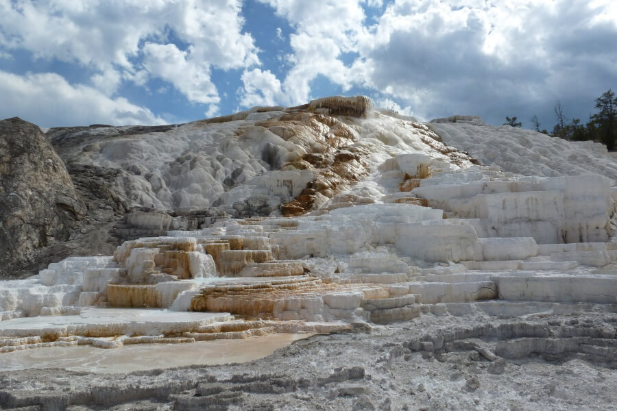 Mammoth Hot Springs - Sintterrassen im Yellowstone Nationalpark