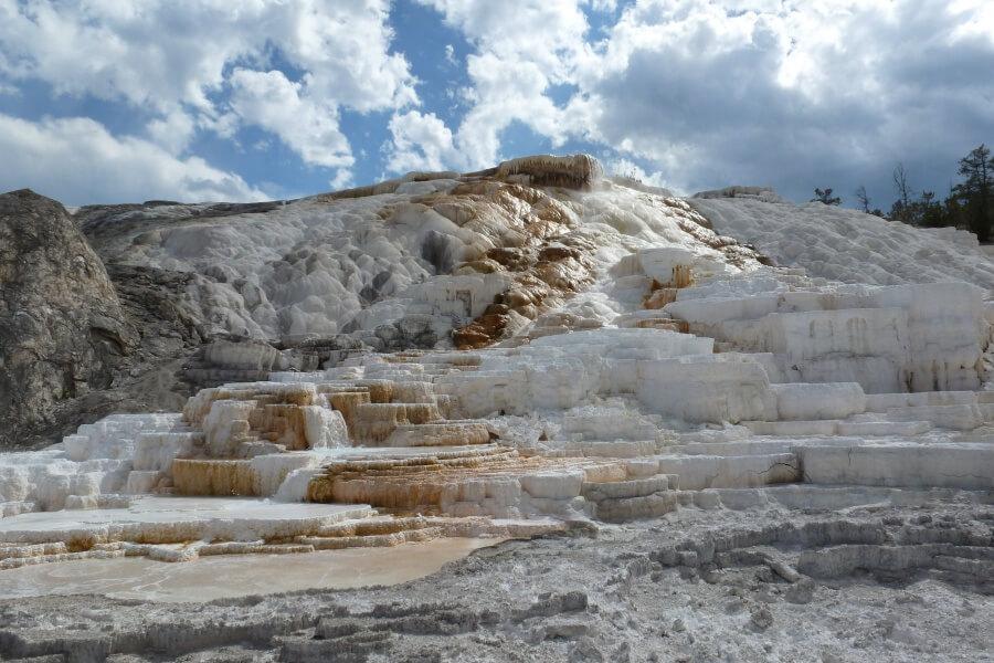 Mammoth Hot Springs - Sintterrassen im Yellowstone Nationalpark