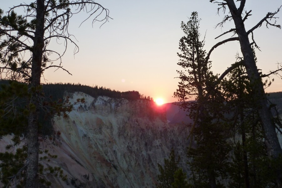 Sonnenaufgang am Grand Canyon of the Yellowstone