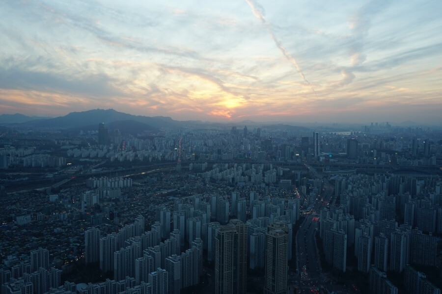 Blick von der Hotelbar im Lotte World Tower