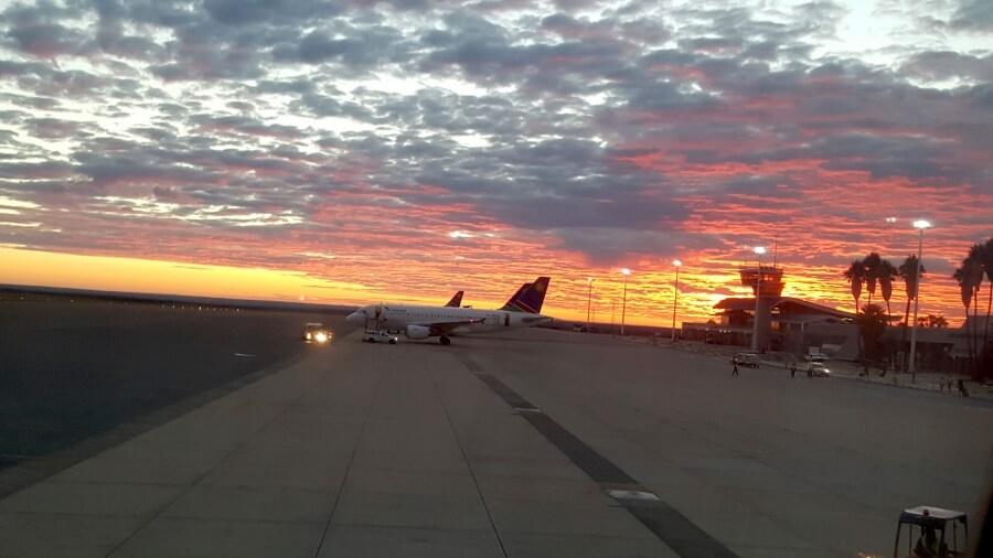 Anreise und Flug nach Namibia - Ankunft am Flughafen Windhoek