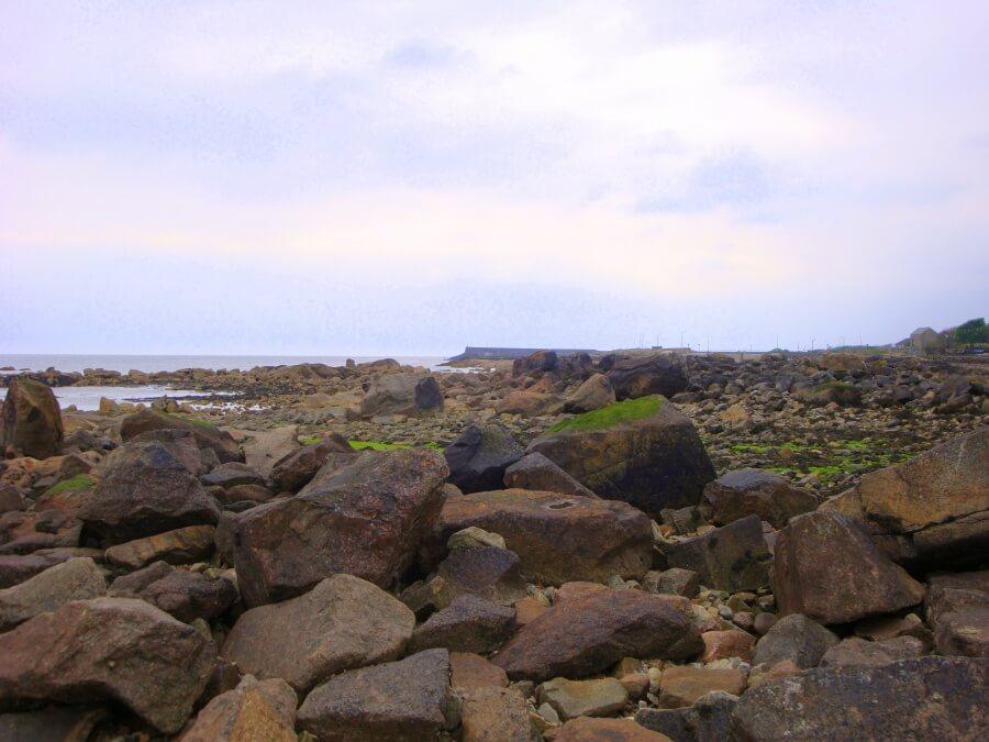 Burren ist ein Wanderparadies an der Westkueste in Irland