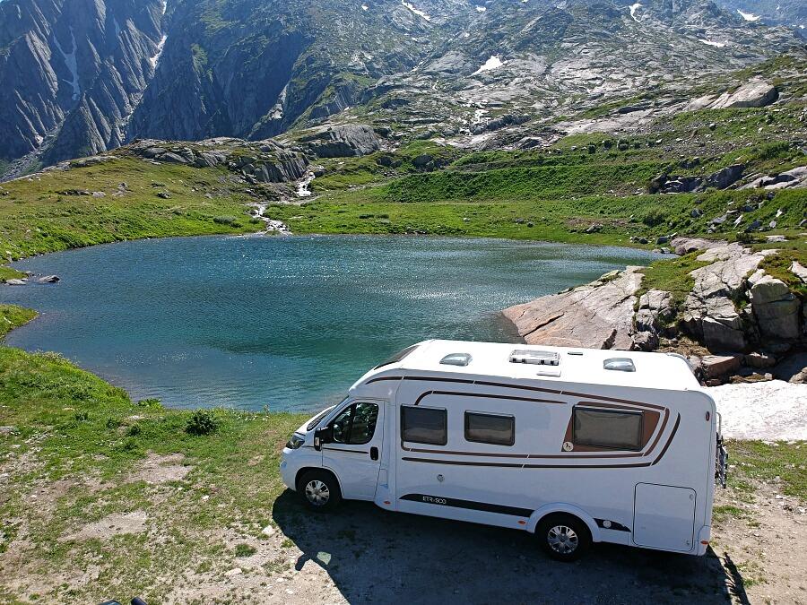 Mit dem Wohnmobil auf dem Gotthardpass