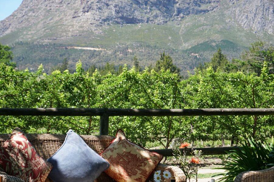Entspannung pur auf der Farm La Bourgogne waehrend unserer Weintour mit der Franschhoek Wine Tram