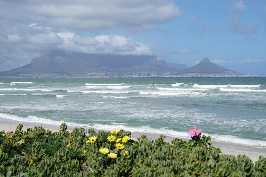 Der Tafelberg vom Bloubergstrand aus gesehen