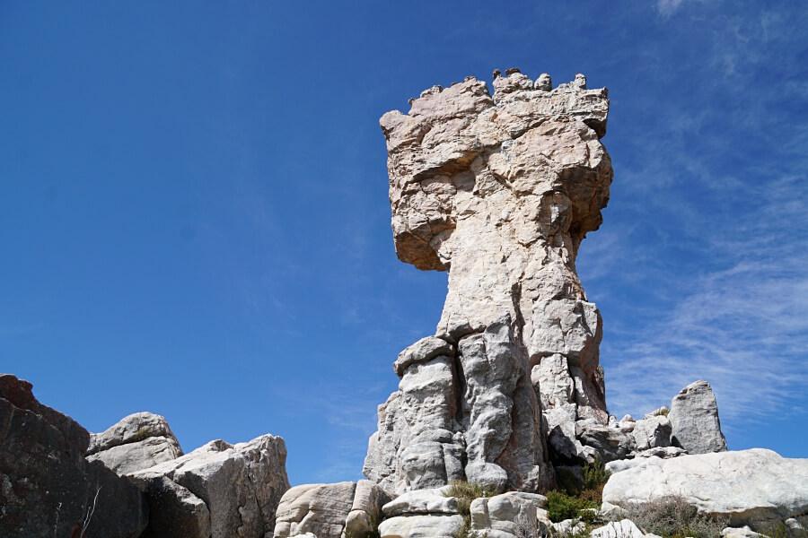 Wanderung zum beeindruckenden Maltese Cross in den Cederbergen