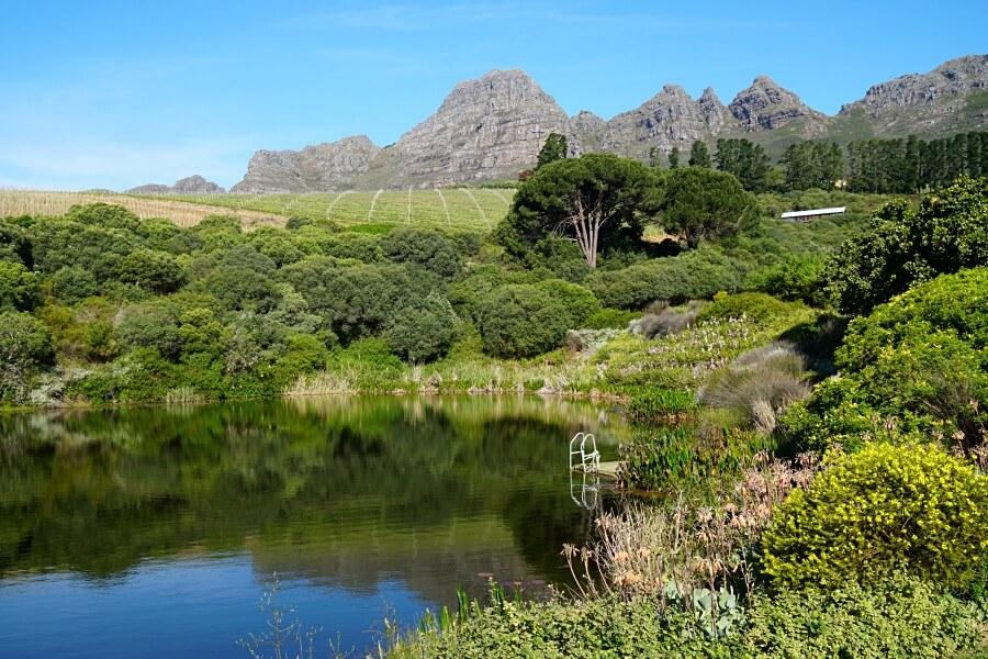 Bezauberndes Weinland rund um Stellenbosch in Suedafrika