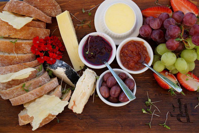 Leckere Cheese Platter im Weingut Peter Falke in Stellenbosch