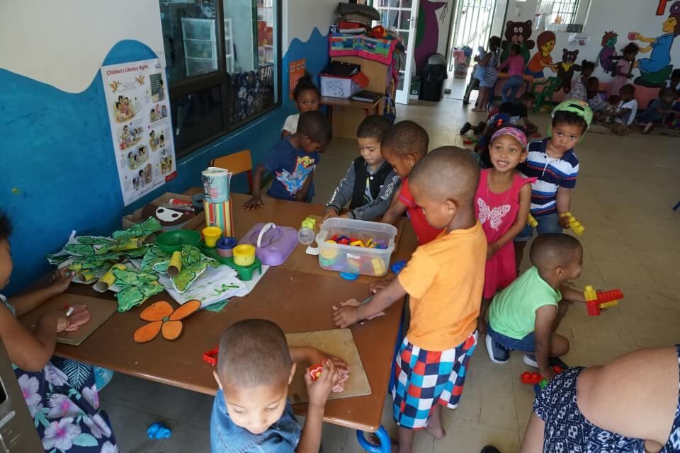 Besuch im Kindergarten in Kylemore mit dem Verein Lebenslinien e.V.