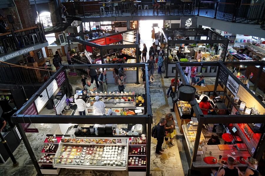 Food Market an der V&A Waterfront in Kapstadt