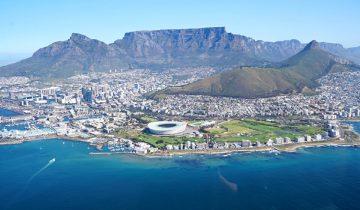 Ein Helikopterflug ueber Kapstadt ist definitiv eines unserer Highlights in Suedafrika