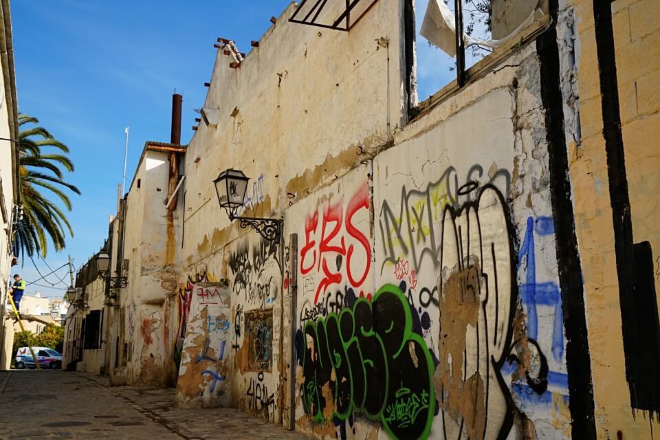Morbide Ecken im alten Fischerviertel Santa Catalina