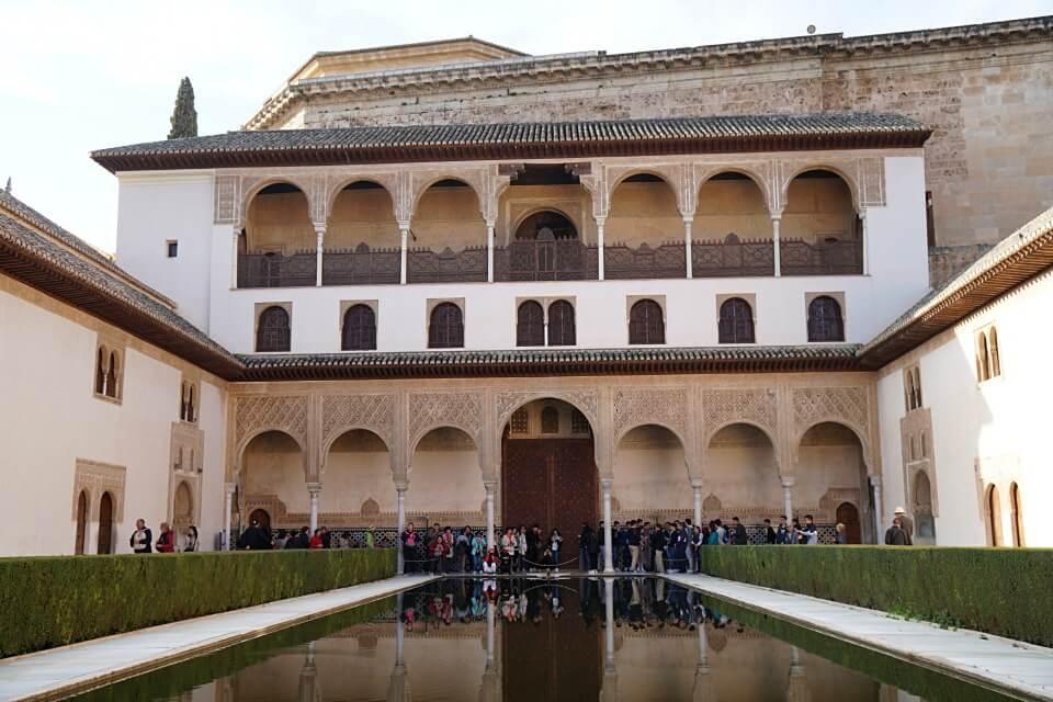 Der Nasridenpalast in der Alhambra