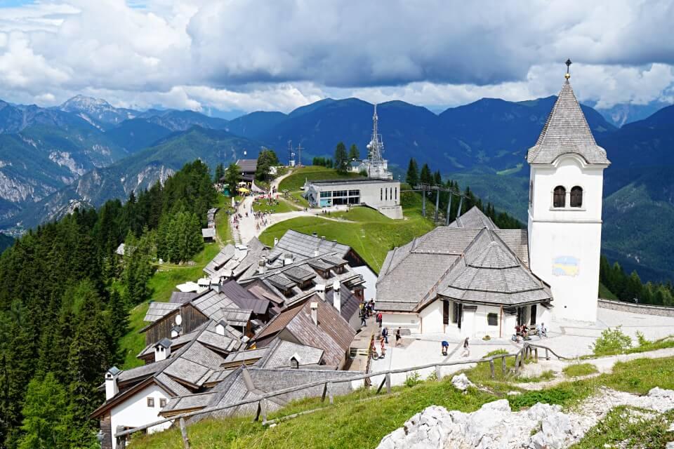 Wanderung auf den wundersamen Monte Lussari in Italien