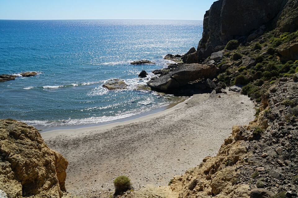 Einsame Bucht im Parque Natural Cabo de Gata-Nijar in Andalusiens Osten