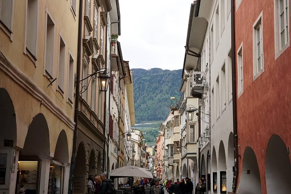 Meraner Laubengasse in der Altstadt