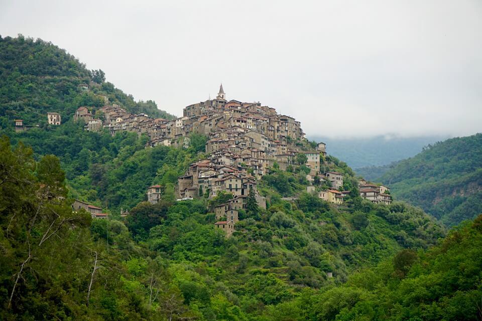 Unbekanntes Ligurien: Entdeckungen im Hinterland der Italienischen Riviera