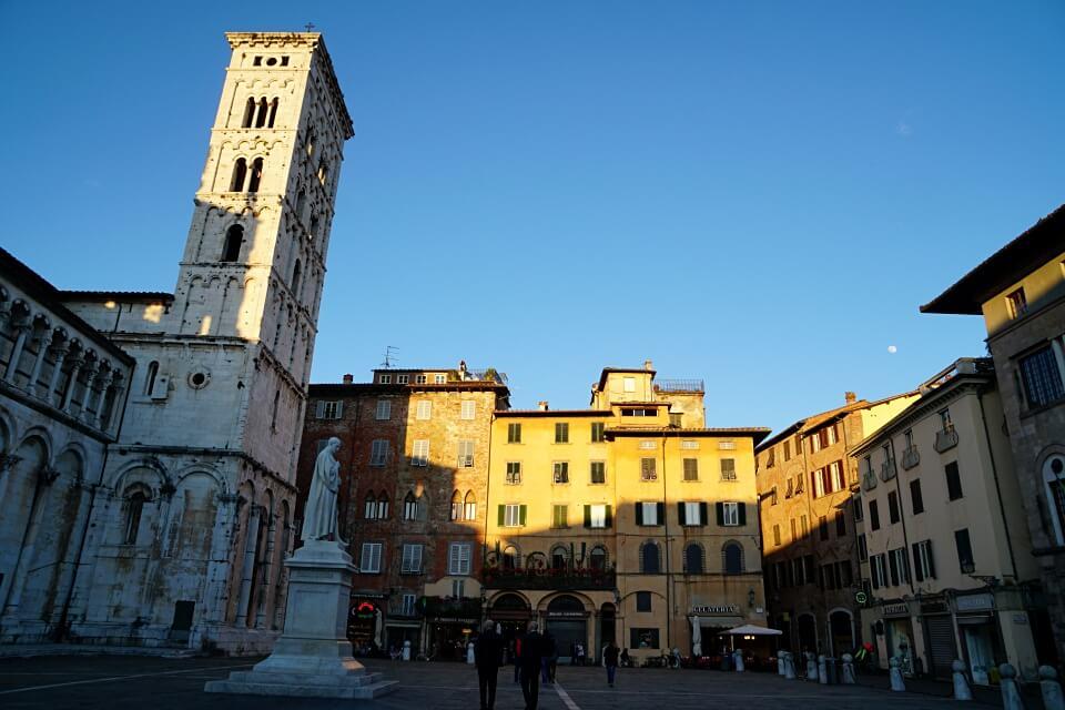 Die Piazza San Michele in Lucca
