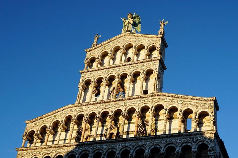 Lucca Sehenswuerdigkeiten - Die Kirche San Michele in Foro