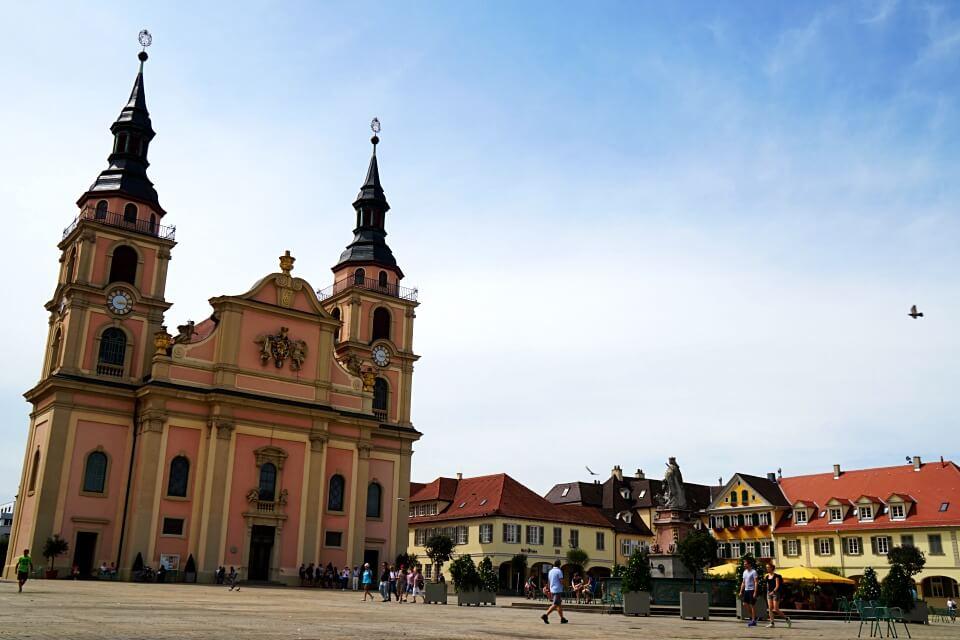 Der barocke Marktplatz in Ludwigsburg