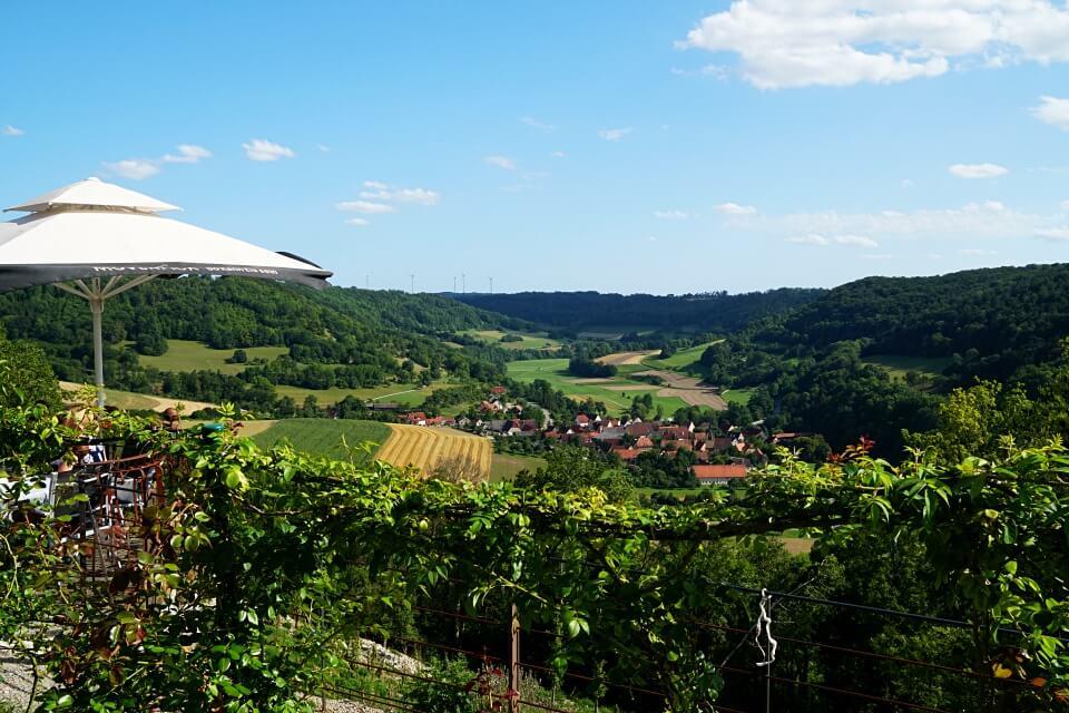 Ausblick aufs Jagsttal in Hohenlohe vom Schlosscafe Langenburg