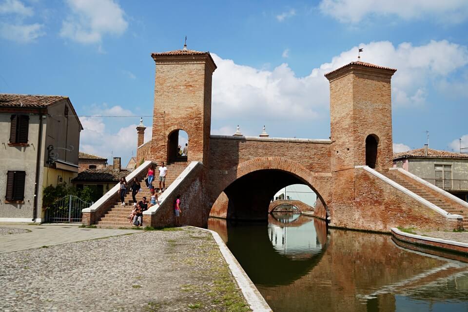 Das Trepponti in Comacchio in der Emilia Romagna