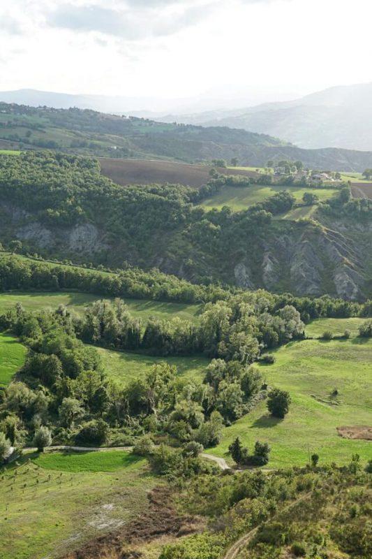 Ausblicke von San Leo in die Landschaft der Emilia Romagna
