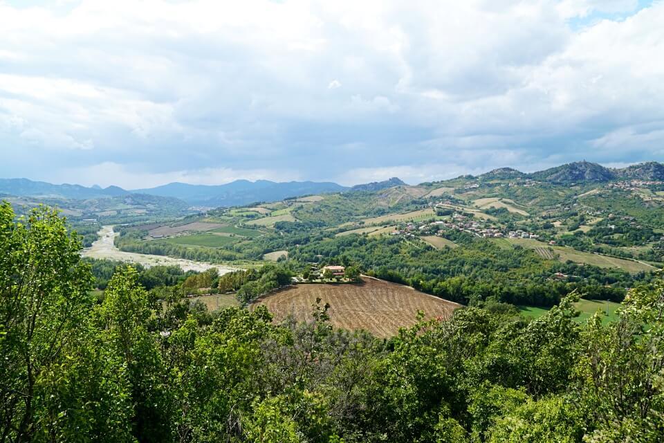 Valmarecchia im Hinterland von Rimini in der Emilia Romagna