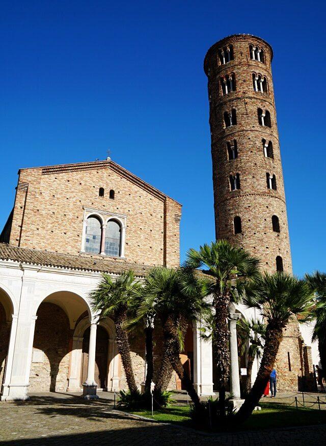 Basilica di Sant Apollinare Nuovo in Ravenna