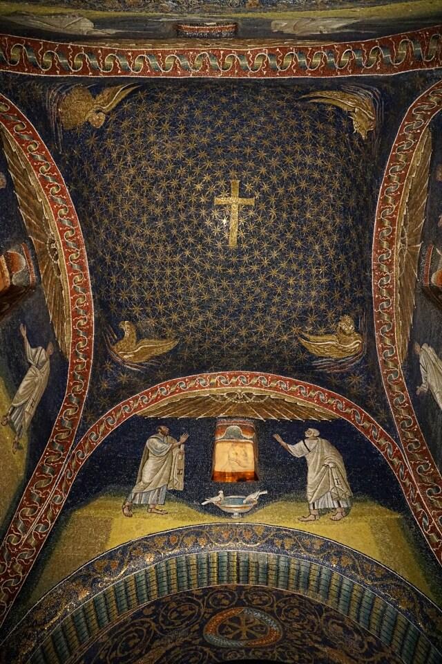 Mosaiken in Ravenna im Mausoleum der Placidia Galla