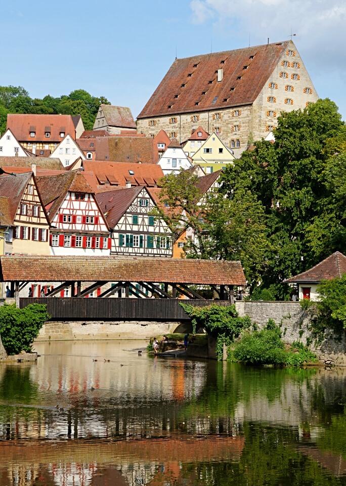 Blick auf die Altstadt von Schwaebisch Hall am Kocher
