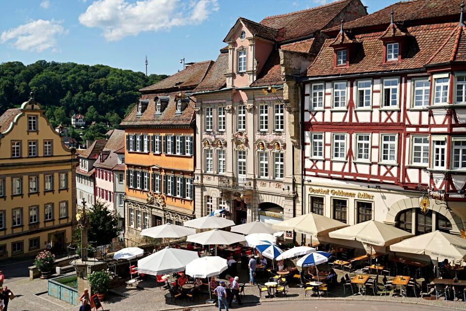 Schwaebisch Hall Sehenswuerdigkeit historischer Marktplatz