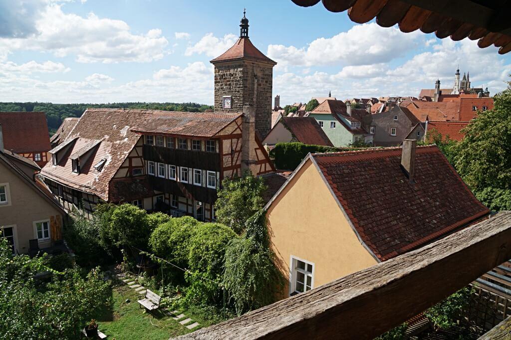 Ausblick vom Turmweg auf die Altstadt Rothenburg ob der Tauber