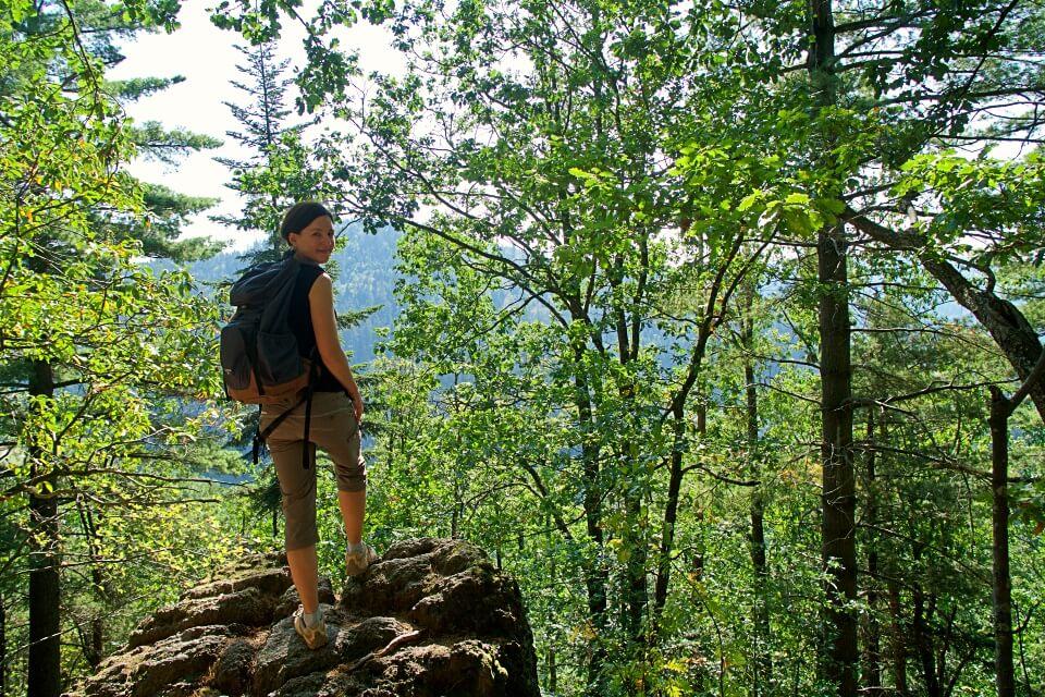 Wandern auf dem Klettersteig Karlsruher Grat im Schwarzwald