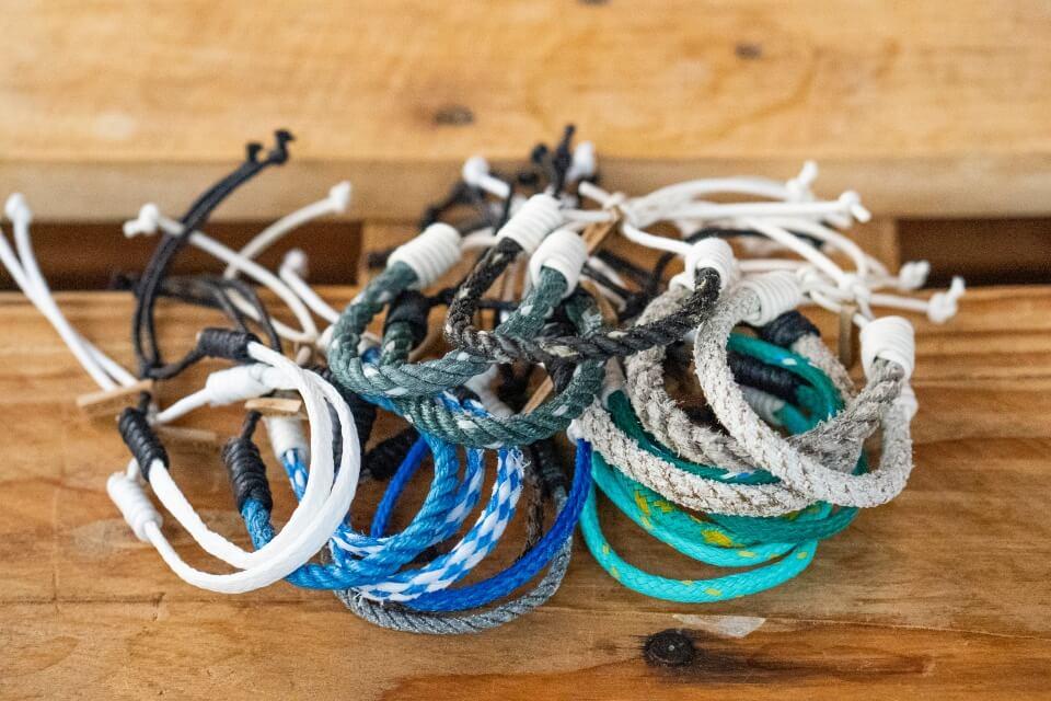 7seasrope Recycling Armbaender aus Strandmuell