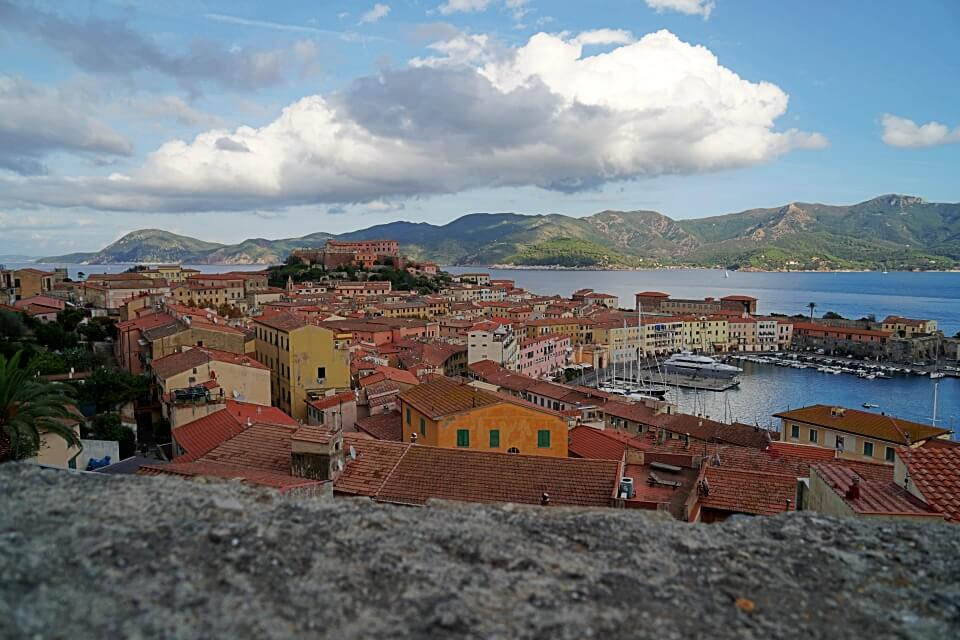 Blick auf Portoferraio von der Festung Forte Falcone