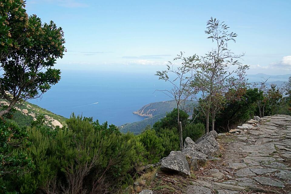 Wanderung von Marciana zur Wallfahrtskirche Madonna del Monte auf Elba